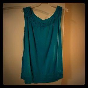 22/24 Sleeveless teal blouse